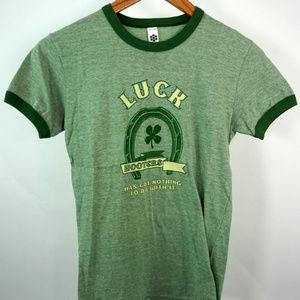 Hooters Clover Luck T-Shirt Green Girls Medium